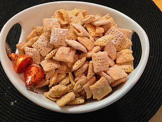 Pumpkin Spice Puppy Chow 2