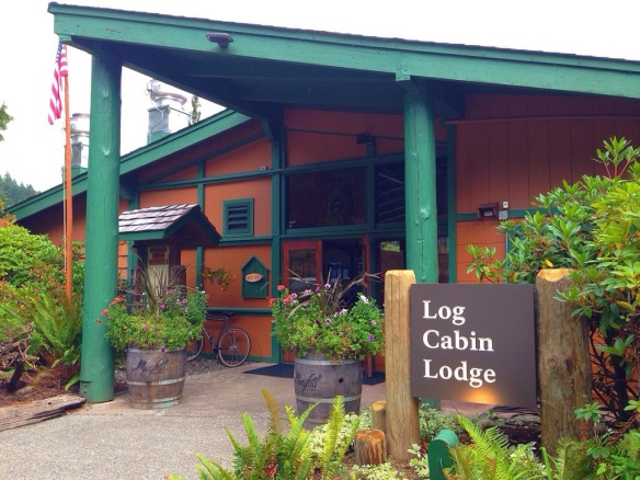 Lake Crescent, WA: Log Cabin Resort
